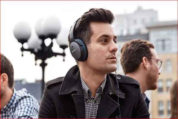 Top 10 Greatest Noise Cancelling Headphones of 2020